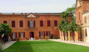 Gite du Chateau de Razengues