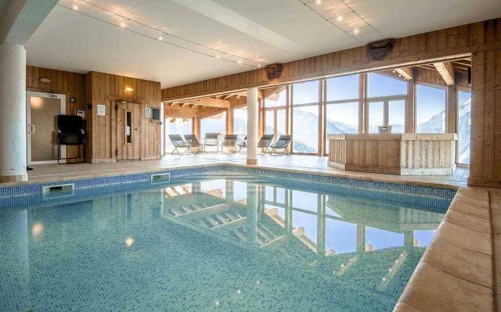 Gite de groupe savoie chalet 40 personnes avec piscine - Gite de france luberon avec piscine ...