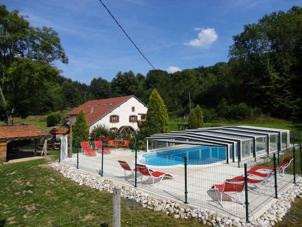 Gite de groupe vosges gites du moulin for Hotel avec piscine vosges