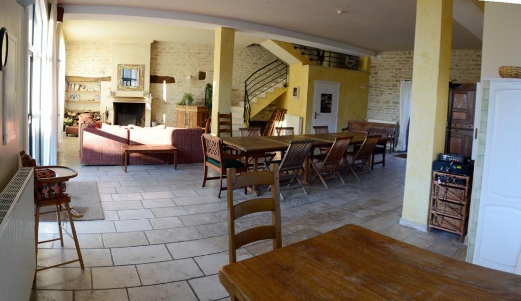 Gite de groupe c te d 39 or ferme de la bretonni re for Piscine la bretonniere